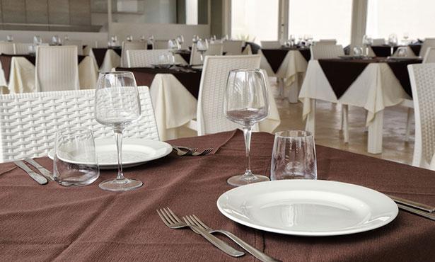 tavolo-ristorante-la-conca-hotel